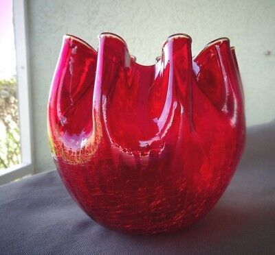 1951 Blenko Art Glass Red Crackle 947L Pinched Crown VASE Rose Bowl