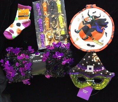 NEW HALLOWEEN HOT PAD WITCH HAT GIRLS EYE MASK GARLAND SOCKS NEW TOYS LOT WOW!!