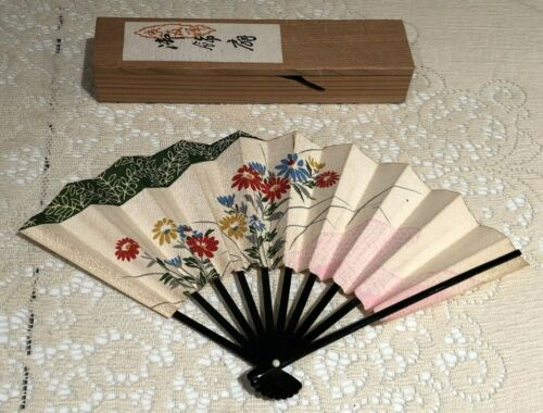 """Vintage Japanese Hand Folding Fan 6.5"""" Floral Silk/Paper/Lacquer Bamboo w/Box"""