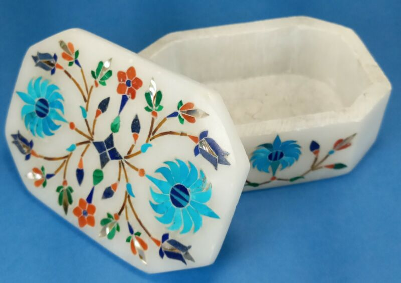 Carved Soapstone Trinket Box with Fabulous Inlay Artistry (B1)
