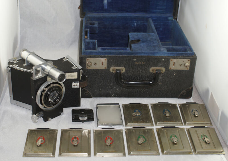 Devin Tri-Color Camera Outfit in Case Early 1930