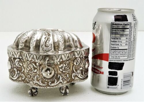 Spanish Colonial Sterling Silver Box with Eagle Claw Feet Hallmarked I.A