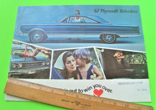 1967 PLYMOUTH BELVEDERE + GTX MUSCLE CAR BIG COLOR CATALOG Brochure 24-pgs XLNT+
