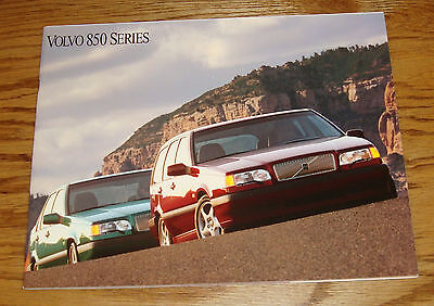 - Original 1994 Volvo 850 Series Deluxe Sales Brochure 94
