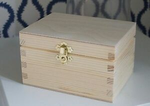 Wooden Box with Lid Decorative Clasp Storage Trinket Jewellery Decoupage