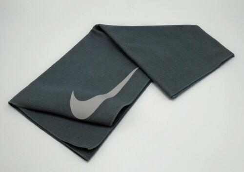 Nike Studio Hand Towel Dark Grey/Atmosphere Grey