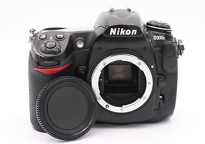 Nikon D D300S 12.3MP Digital SLR Camera - Black (Body Only) - Shutter Count:1890 for sale  Shipping to Nigeria