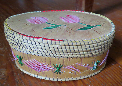 NATIVE AMERICAN OVAL BIRCH BARK BASKET / BOX with QUILLS & SWEET GRASS NE US