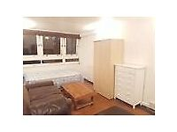 Spacious Double Room to Rent in Shared House in Beckway Road, Norbury SW16.
