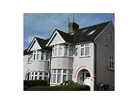 LOVELY STUDIO FLAT AVAILABLE, ALL BILLS INCLUDED, LOCATED IN HOLDERS HILL CRESCENT, HENDON, NW4 1ND