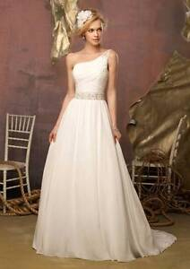 Floor length one shoulder slim deb dress,wedding gown,corset back Taylors Lakes Brimbank Area Preview