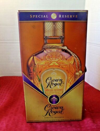 Crown Royal Special Reserve Wooden Box Velvet Lined
