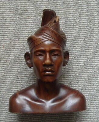 1940's Indonesian wooden carving of a boy - a/f