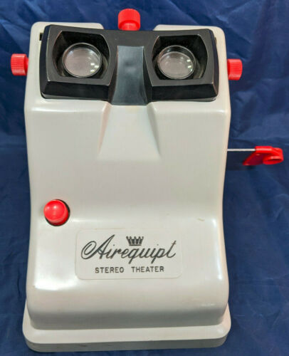 Airequipt Stereo Theater MODEL V. 3D SLIDE VIEWER. Vintage. realist, WORKING!