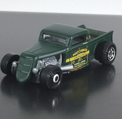 1935 35 FORD PICKUP RARE 1:64 SCALE COLLECTIBLE DIORAMA DIECAST MODEL CAR