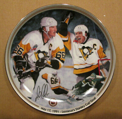 MARIO LEMIEUX THE BRADFORD EXCHANGE COLLECTOR PLATE 520C STANLEY CUP GOAL