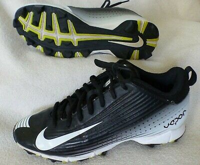 YOUTH BASEBALL CLEATS, NIKE VAPOR, BLACK AND WHITE SIZE 6Y