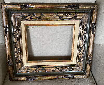 Vintage 8x10 Ornate Gold Tone Picture Frame