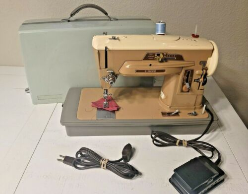 Vintage Singer Slant-O-Matic 403a Sewing Machine W/ Carry Case & Foot Pedal