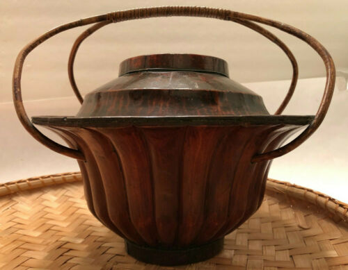Chinese Wooden Wedding Basket Bamboo Handle