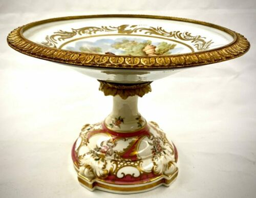 Gorgeous Vintage Fragonard Scene Ceramic and Brass Center Piece Bowl