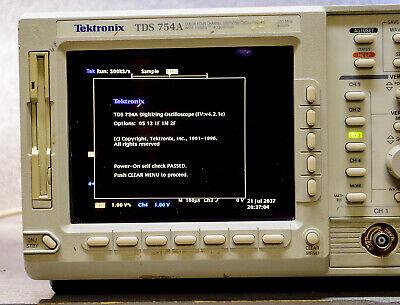 Tektronix Tds 754a Digitizing Oscilloscope 500mhz 4ch Options 5-13-1f-1m - 2f