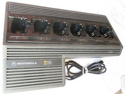 Motorola Ntn1177a 6 Slot Bank Charger Cradle For Two-way Radio Ht1000 Mts2000