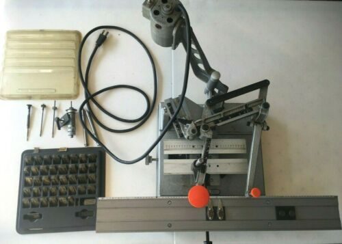 NEW HERMES ENGRAVOGRAPH ENGRAVING MACHINE WITH FONTS & EXTRAS