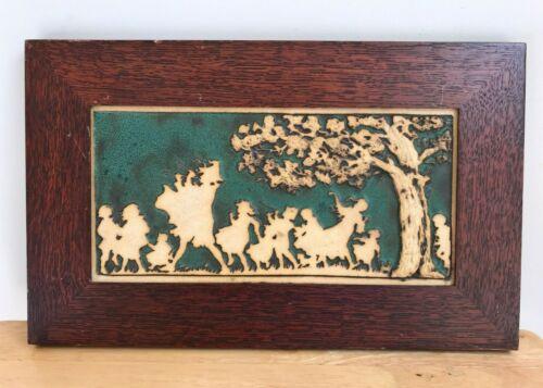 WEAVER TILE HORTON MICHIGAN Wood Framed Pied Piper Tile - VGUC