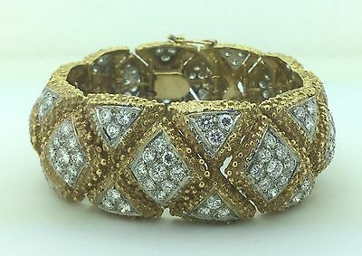 Ladies Estate Piece 18K Gold Diamond Bangle Bracelet 7.5 Carats Vintage 1970's