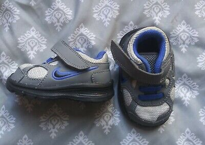 baby boy nike shoes size 2