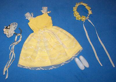 Vintage Skipper Doll Yellow FLOWER GIRL #1904 Japan Shoes Bouquet Garland 1964 - Vintage Flower Girl Shoes