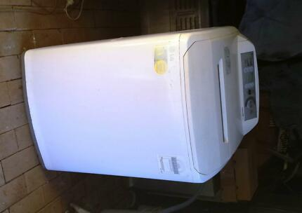 LG top load washing machine 8kg  for sale **Good working ** Lidcombe Auburn Area Preview
