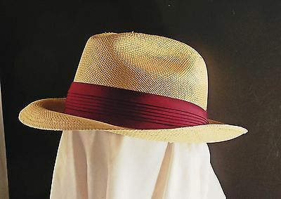 Ecudorian Panama straw hat w pleated burgundy band 7 1/4 vintage Trilby Fedora