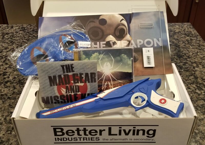 My Chemical Romance Danger Days California 2010 CD EP Box Set Blue, Jet Star!