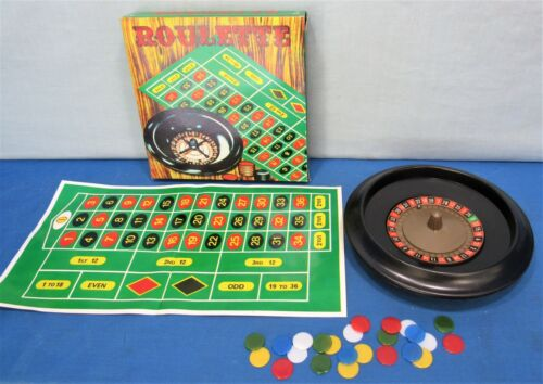 Roulette Gambling Game  ~ Complete Vintage Set ~ Rotating Roulette Wheel +
