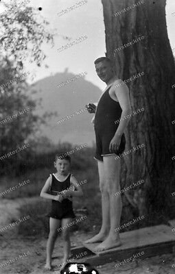 Vintage Photo negative-1930-Young-cute-Boy-teen-swimsuit-man-1 ()