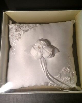 """WHITE RING BEARER PILLOW - 9"""" Square Embroidery & Roses - VICTORIA LYNN - NEW !"""