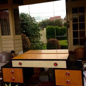 VINTAGE BUFFET Coburg Moreland Area Preview
