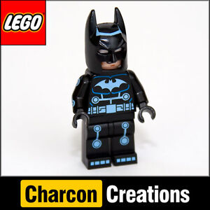 LEGO Batman minifigure in electro suit - DK Visual Dictionary Book (NEW) SUH046