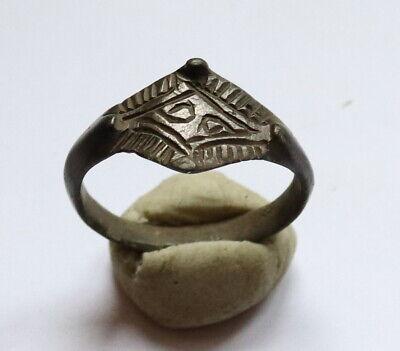 Ancient Viking Old Bronze FABULOUS STATUS Ring Runic Ornament VERY RARE