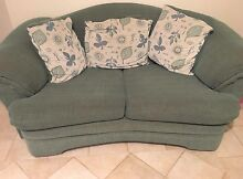 Two piece lounge set Meadow Springs Mandurah Area Preview