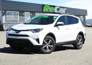 2018 Toyota RAV4 LE AWD | HEATED SEATS | BACK UP CAM
