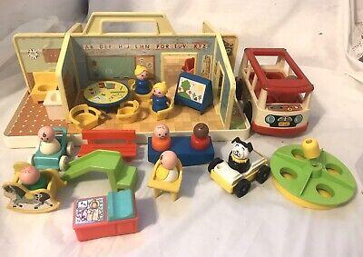 Vintage 1978 Fisher Price Little People #929 NURSERY SCHOOL (incomplete)