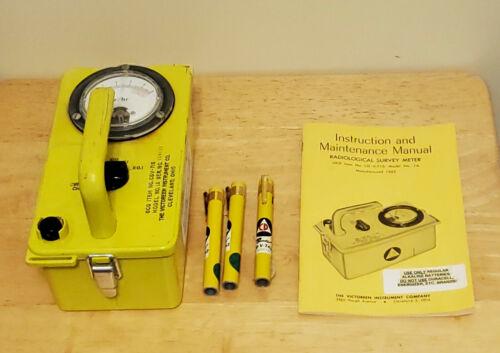 Victoreen CDV-715 Radiation Detector Meter, With Manual & 3 dosimeter Pens