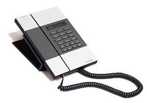 Jacob-Jensen-Telephone-3-designer-corded-home-office-hotel-phone