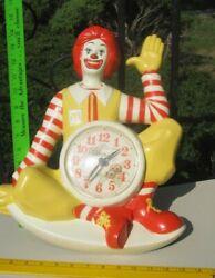 RONALD MCDONALD QUARTZ DEKO NEW HAVEN WALL CLOCK 16 2499 1981 USA NICE WORKS