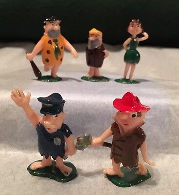 Lot of 5 - 1980s and 90s Flintstones Miniature Figures - Fred, Barney, Betty (Barney And Betty)