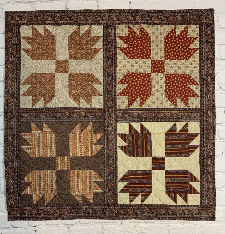 Patchwork Quilt Wall Hanging Bear Paw Pattern 1984 Hand Made Pieced Quilted