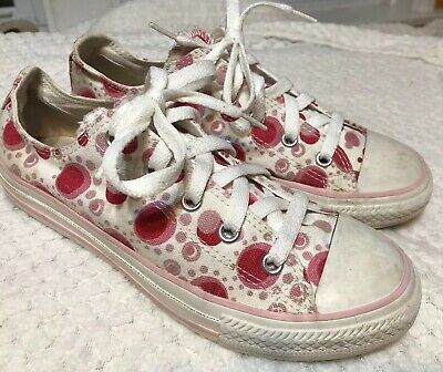Girls Converse All Stars (Youth Girls Converse All Stars White W/ Pink Dots Sz 2.5 Low Tops Free)